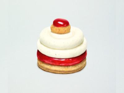 覆盆子八角茴香圣多诺蛋糕
